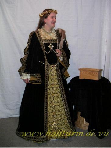 schöne celtische kleider